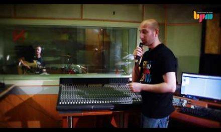לימודי סאונד: הקלטת גיטרה אקוסטית
