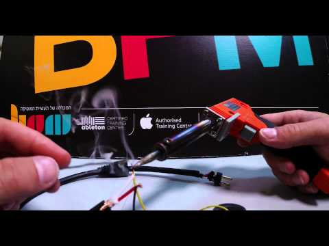 DIY 05 : איך לבנות מיקרופון מטלפון